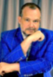 author photo 1 color.jpg