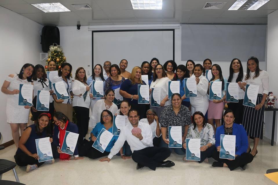 Foto entrega de certificados