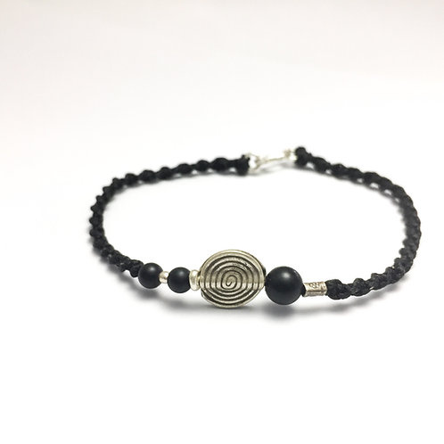 Silver - Onyx handmade bracelet