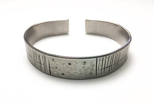 Unisex stainless steel bracelet