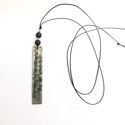 Lines & Onyx Necklace