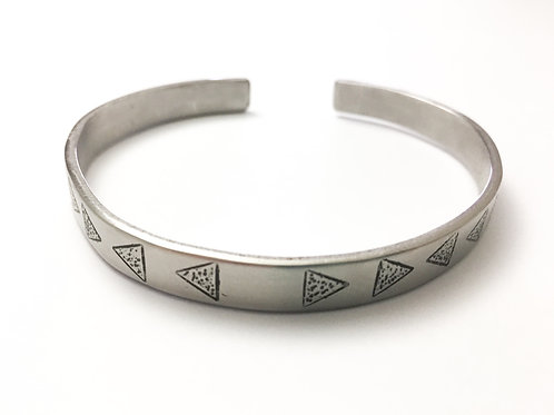 Triangle dotted unisex bracelet