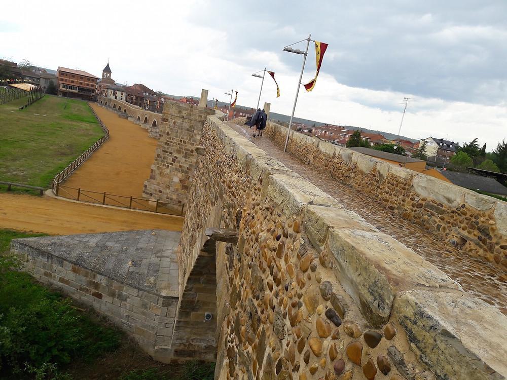Camino de Santiago Puente de Orbigo