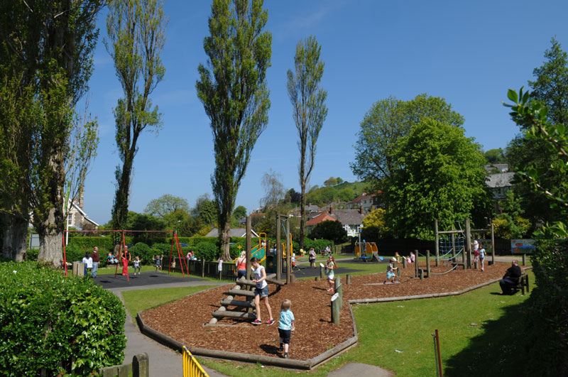 Play-area-at-Bicclescombe