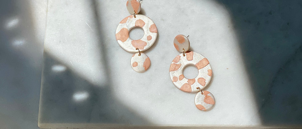 The Poppy in Spotted Pearl