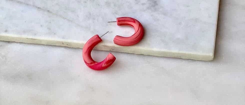 """The 1 1/4"""" Hoop in Marbled Rasberry"""