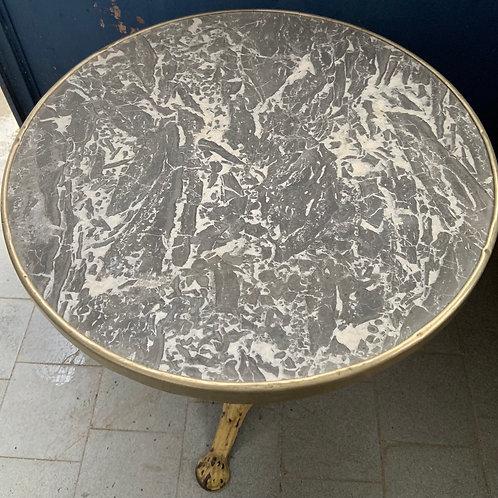 Antico tavolino da bistrot