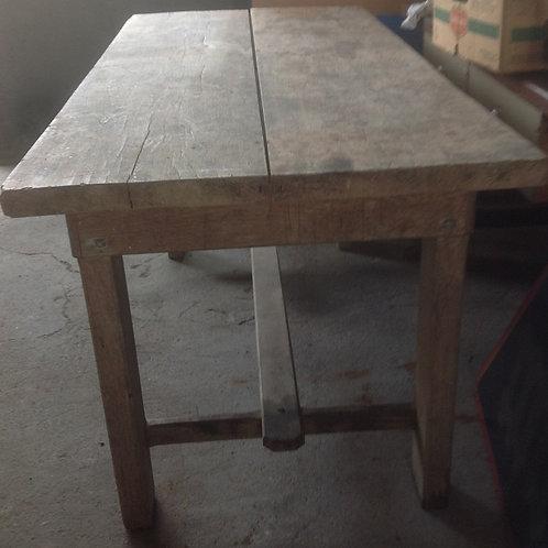 Tavolo in legno di faggio