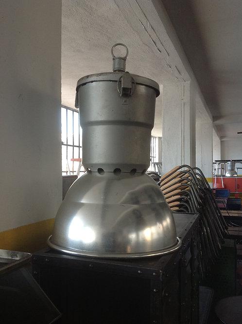 Lampada industriale a sospensione