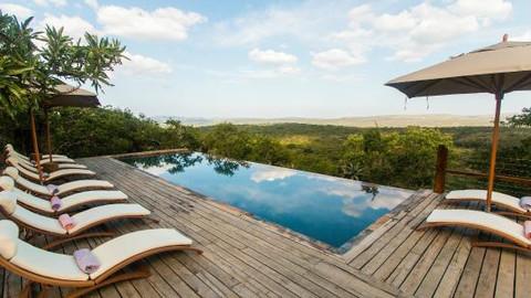 rhino-ridge-safari-lodge.jpg