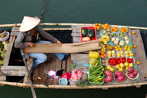 bigstock-Floating-Market-In-Vietnam-2562791[2801].jpg