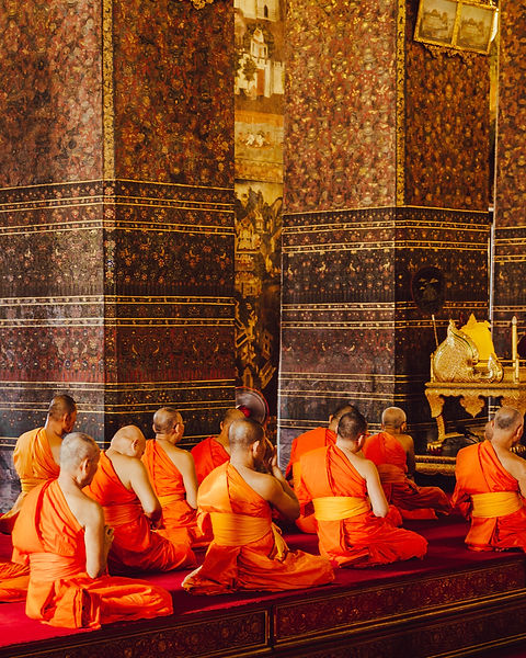 Thai monks.jpg
