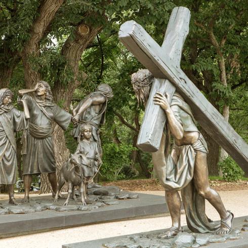 Station 8 - Jesus Speaks to the Women of Jerusalem