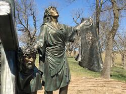 veronica-and-jesus-bronze