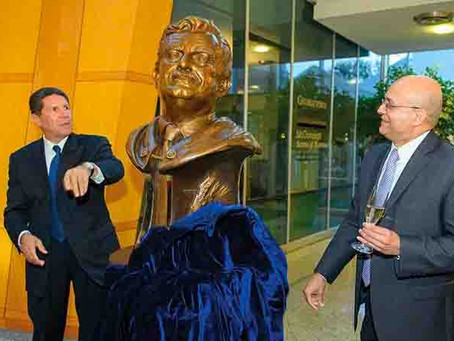 Rafik Hariri bust unveiled at Georgetown University