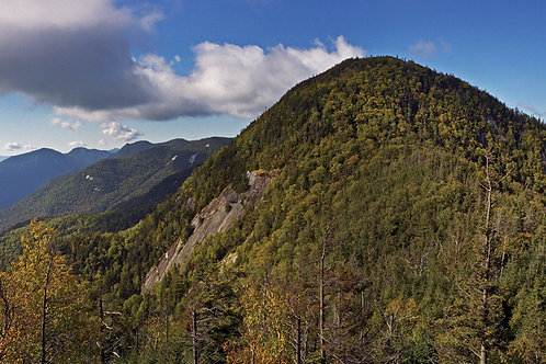 Wolfjaw Mountain