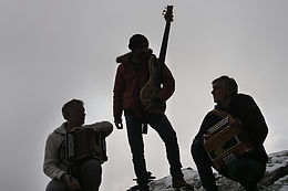 Trio Heim / Le Tron / Planche > Du renouveau chez Balagan