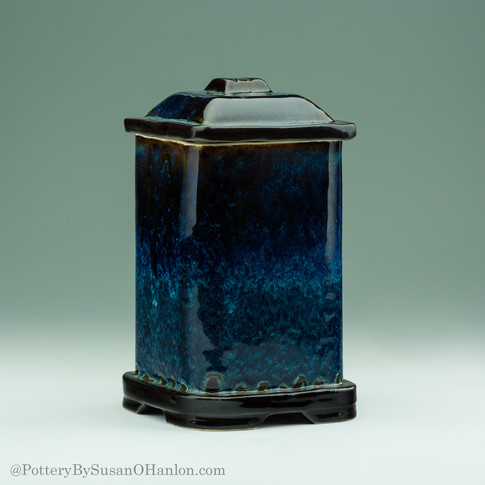 Lidded-Jar-Handbuilt-Black-and-Blue-115.