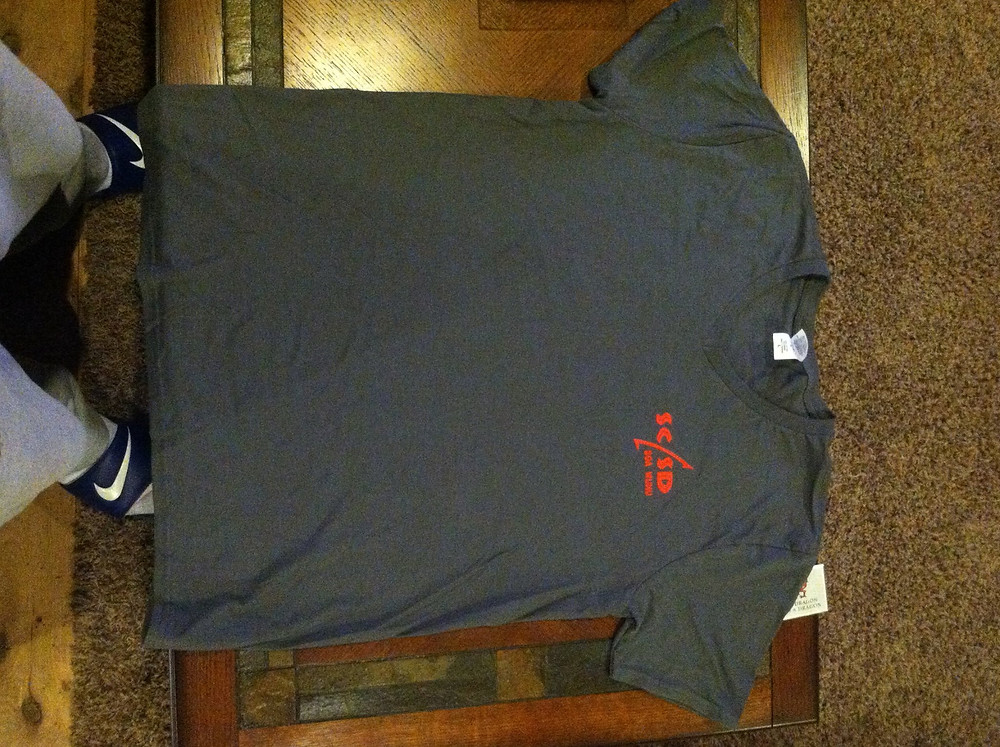 T-Shirt Picture 5
