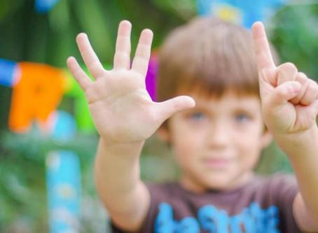 Il cervello da adulto continua a contare con le dita