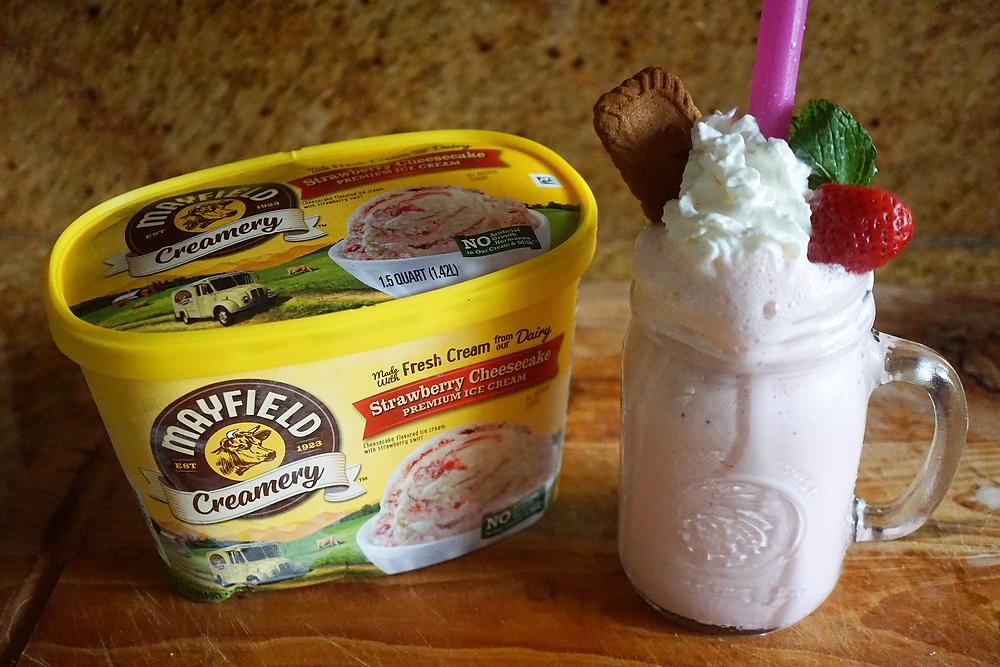 Mayfield Strawberry Cheesecake Ice Cream Milk Shake