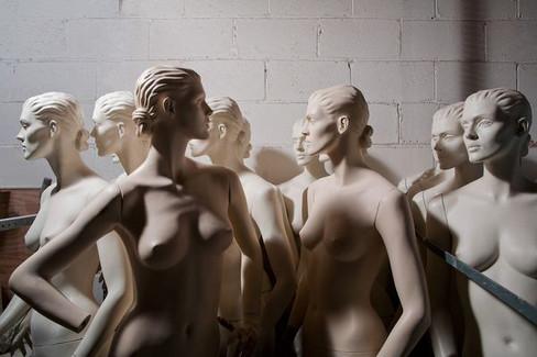 5_0_148_109_009_test_360_1a_mannequins.j