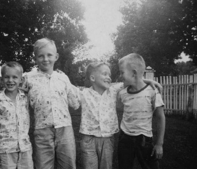 boys at owens 1957 - copy_std.jpg
