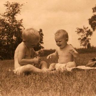 john and dave on owens farm 1949_std.jpg