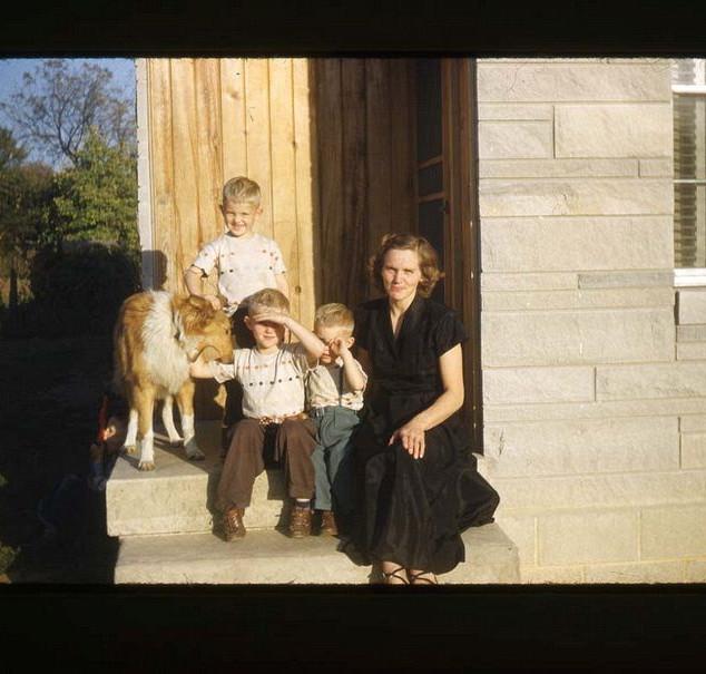 mother in baingridge_std.jpg