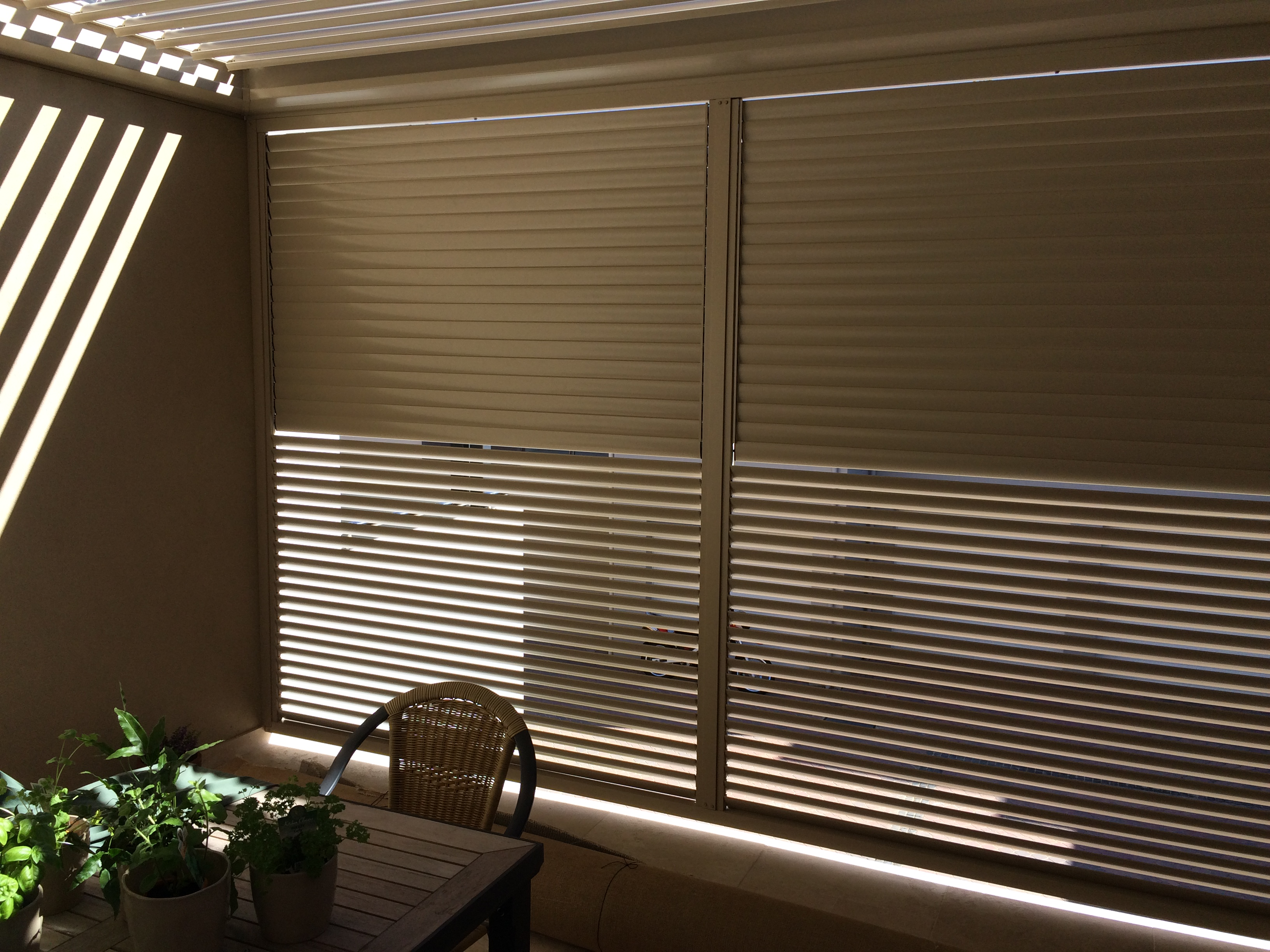 Operable And Fixed Louvre Screens Wa Tradefencingdirect