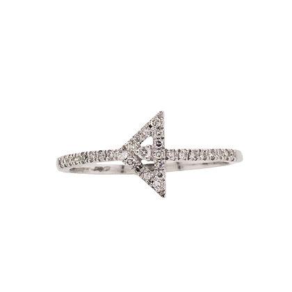 14KW Diamond Triangle Ring