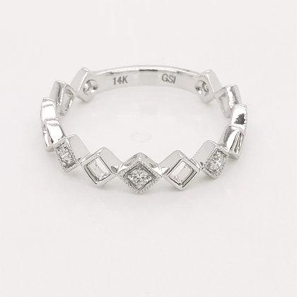 14KW Negative Space Diamond Ring