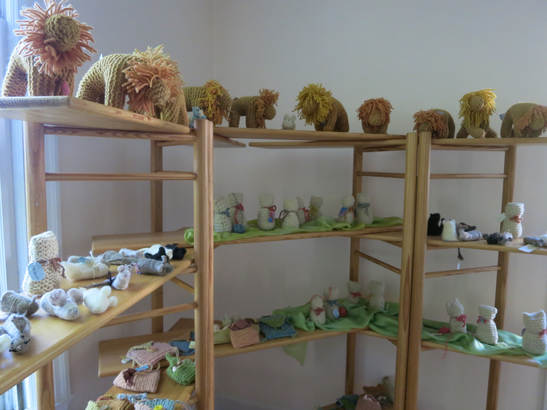 Knitted Lions, Kittens and Felt Mice, Oh My!