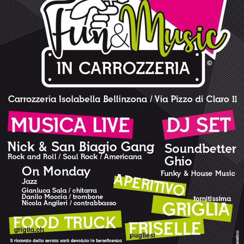 Music & Fun in carrozzeria