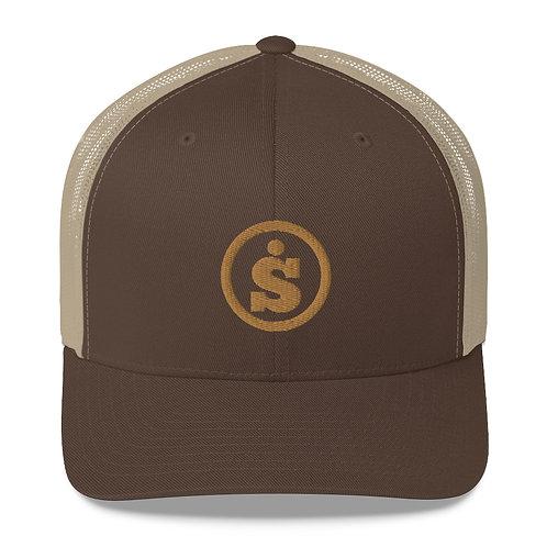 Sásta Classic Embroidered Trucker Cap