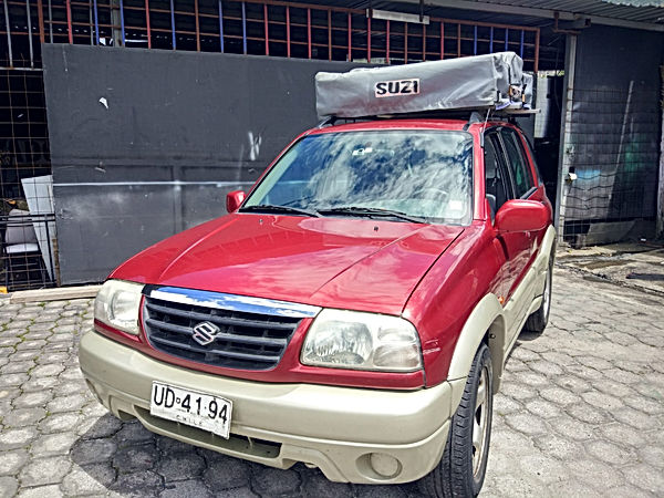 suzuki grand vitara with roof top tent