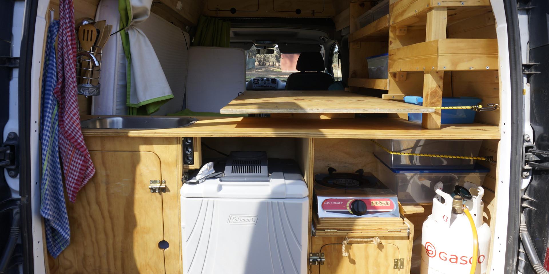 Campervan kitchen chile