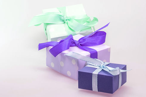 gift-548301-purple.jpg