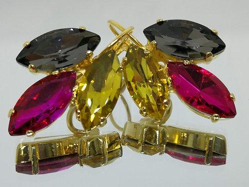אפור, פוקסיה, צהוב.  אבנים: קריסטל  מתנה בשבילה,עגילי דמעה,  Model # 554