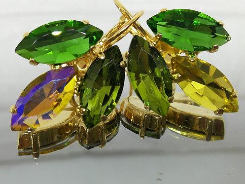 ירוק, זהב, ירוק זית.  אבנים: קריסטל  מתנה בשבילה, עגילי דמעה,Model # 502
