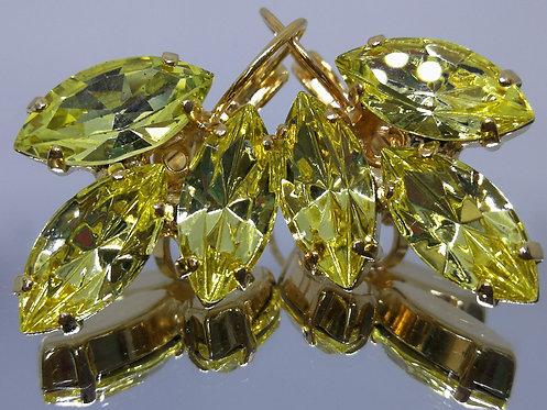 צהוב  אבנים: סברובסקי  מתנה בשבילה, מתנה לכלה, עגילי עלים, עגילי דמעה, Model # 466