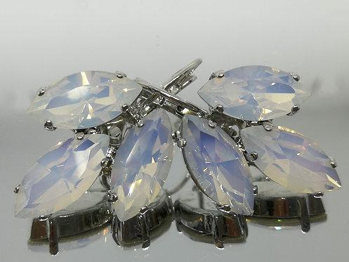 Model # 616 פנינה  אבנים: סברובסקי  עגילי סברובסקי, מתנה בשבילה, מתנה לכלה, עגילי עלים,