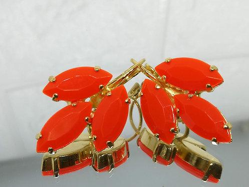 כתום  אבנים: אקריל  מתנה בשבילה, עגילי דמעה, מתנה לכלה, עגילי עלים, Model # 537