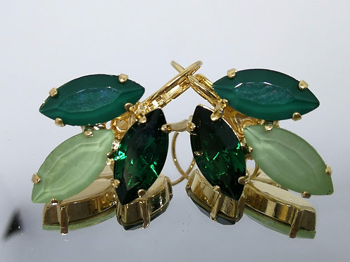 Model # 485 ירוק בקבוק, ירוק בהיר, ירוק בקבוק.  אבנים: קריסטלים שונים וסברובסקי.  מתנה בשבילה, עגילי דמעה,
