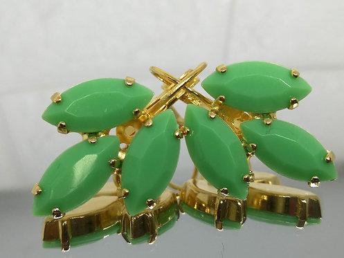 ירוק מנטה  אבנים: אקריל  מתנה בשבילה, עגילי דמעה, מתנה לכלה, עגילי עלים, Model # 546