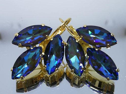 כחול עם ברק זית (2).  אבנים: קריסטל AB.  עגילי קריסטל AB, מתנה בשבילה,Model # 454