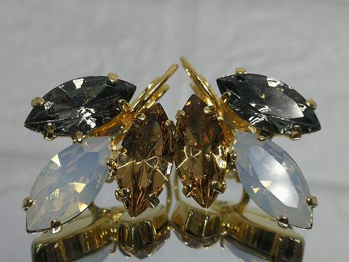 אבנים: אפור כסוף, לבן פנינה, טופז  קריסטל סברובסקי. עגילי דמעה, Model # 517