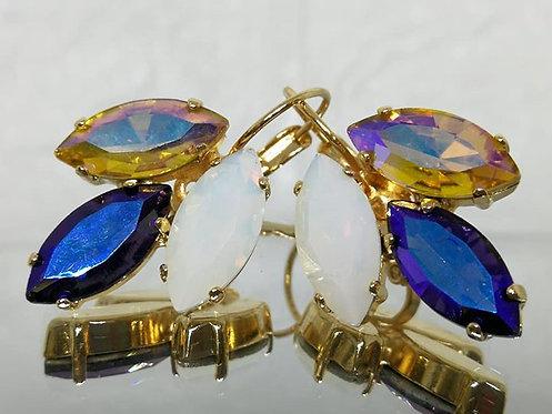 Model # 492 זהב, תה, פנינה.  אבנים: קריסטל  מתנה בשבילה, עגילי דמעה,  מתנה לכלה, עגילי עלים,