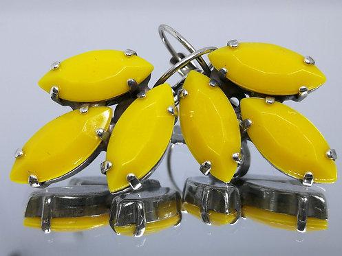Model # 613 צהוב חרדל  אבנים: אקריל אטום  מתנה בשבילה, עגילי דמעה, מתנה לכלה, עגילי עלים,