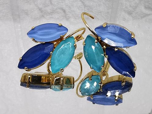 תכלת, כחול וטורקיז.  אבנים: קריסטל אקוורל.  מתנה בשבילה, מתנה לכלה